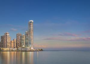 Apartamento En Alquileren Panama, Paitilla, Panama, PA RAH: 21-10967
