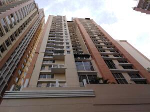 Apartamento En Alquileren Panama, El Cangrejo, Panama, PA RAH: 21-11053