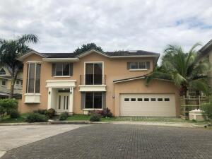 Casa En Alquileren Panama, Clayton, Panama, PA RAH: 21-11055