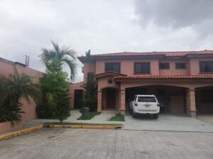 Casa En Alquileren Panama, Versalles, Panama, PA RAH: 21-11029