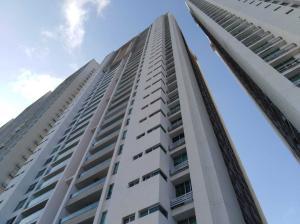 Apartamento En Ventaen Panama, San Francisco, Panama, PA RAH: 21-11120