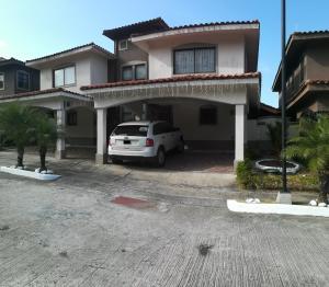 Casa En Ventaen Panama, Milla 8, Panama, PA RAH: 21-11449