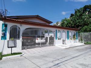Casa En Alquileren Panama, Brisas Del Golf, Panama, PA RAH: 21-11510