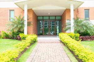 Apartamento En Ventaen Panama, Costa Sur, Panama, PA RAH: 21-11552