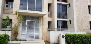 Apartamento En Ventaen La Chorrera, Chorrera, Panama, PA RAH: 21-11575