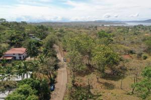 Terreno En Ventaen Sona, Santa Catalina, Panama, PA RAH: 21-11599