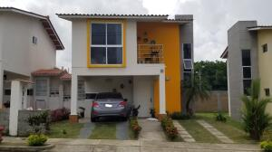 Casa En Alquileren Arraijan, Vista Alegre, Panama, PA RAH: 21-11813