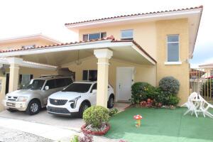 Casa En Ventaen Panama, Brisas Del Golf, Panama, PA RAH: 21-11716
