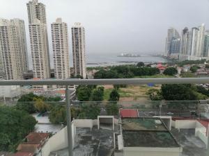 Apartamento En Alquileren Panama, San Francisco, Panama, PA RAH: 21-12282