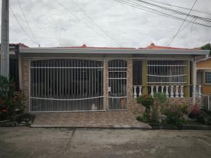 Casa En Ventaen Panama, 24 De Diciembre, Panama, PA RAH: 22-535