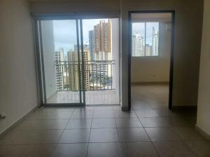 Apartamento En Alquileren Panama, 12 De Octubre, Panama, PA RAH: 21-12460