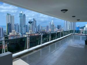 Apartamento En Alquileren Panama, La Cresta, Panama, PA RAH: 21-12343