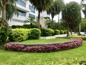 Apartamento En Ventaen Panama, Costa Del Este, Panama, PA RAH: 21-12362