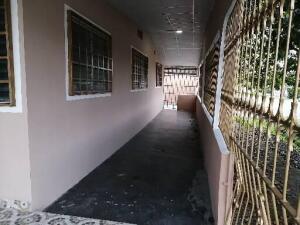 Casa En Alquileren David, David, Panama, PA RAH: 21-12455