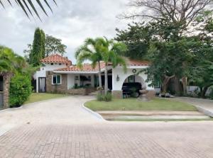 Casa En Alquileren San Carlos, San Carlos, Panama, PA RAH: 22-46