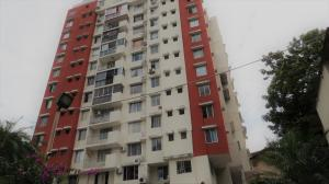 Apartamento En Alquileren Panama, 12 De Octubre, Panama, PA RAH: 22-59