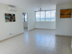 Apartamento En Ventaen Panama, Edison Park, Panama, PA RAH: 22-254