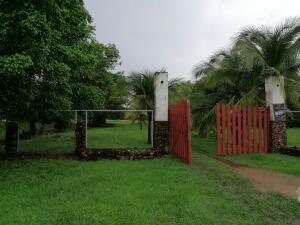 Terreno En Ventaen Chame, Coronado, Panama, PA RAH: 22-303