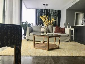Apartamento En Alquileren Panama, Avenida Balboa, Panama, PA RAH: 22-381