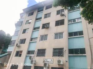 Apartamento En Ventaen Panama, Carrasquilla, Panama, PA RAH: 22-422
