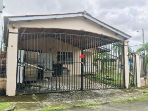 Casa En Ventaen San Miguelito, Brisas Del Golf, Panama, PA RAH: 22-501