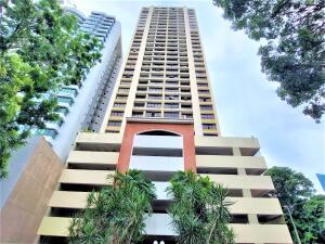 Apartamento En Ventaen Panama, Paitilla, Panama, PA RAH: 22-521