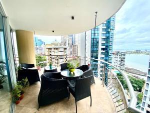 Apartamento En Ventaen Panama, Paitilla, Panama, PA RAH: 22-544
