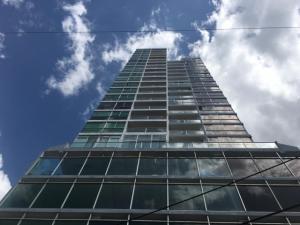 Apartamento En Alquileren Panama, San Francisco, Panama, PA RAH: 22-668