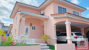 Casa En Ventaen Panama, Altos De Panama, Panama, PA RAH: 22-659