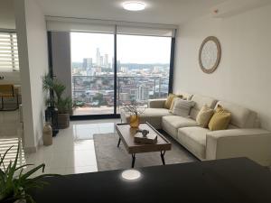 Apartamento En Ventaen Panama, El Carmen, Panama, PA RAH: 21-8132
