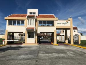 Casa En Ventaen Panama, Brisas Del Golf, Panama, PA RAH: 22-931