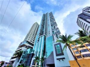 Apartamento En Ventaen Panama, San Francisco, Panama, PA RAH: 22-1035