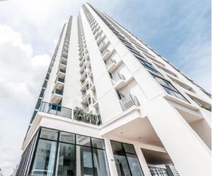 Apartamento En Alquileren Panama, El Carmen, Panama, PA RAH: 22-1048