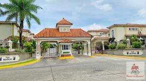 Casa En Ventaen Panama, Brisas Del Golf, Panama, PA RAH: 22-1092