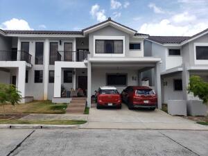 Casa En Alquileren Panama, Brisas Del Golf, Panama, PA RAH: 22-1213