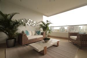 Apartamento En Ventaen Panama, Santa Maria, Panama, PA RAH: 22-1330
