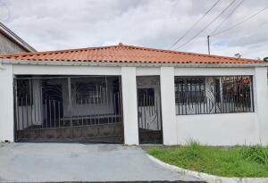 Casa En Ventaen Panama, Villa Zaita, Panama, PA RAH: 22-1345