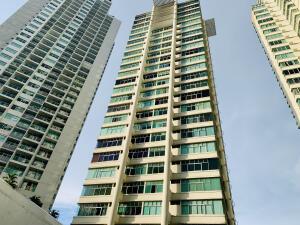 Apartamento En Ventaen Panama, Edison Park, Panama, PA RAH: 22-1381