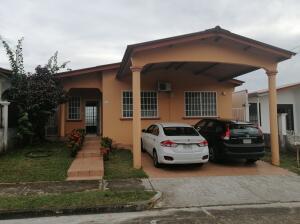 Casa En Alquileren Panama, Brisas Del Golf, Panama, PA RAH: 22-1402