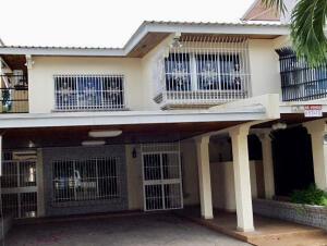 Casa En Ventaen Panama, Ricardo J Alfaro, Panama, PA RAH: 22-1446