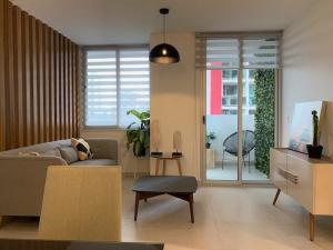 Apartamento En Alquileren Panama, San Francisco, Panama, PA RAH: 22-1656