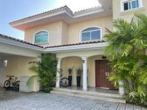 Casa En Ventaen Panama, Costa Del Este, Panama, PA RAH: 22-1708