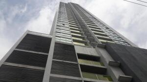 Apartamento En Ventaen Panama, San Francisco, Panama, PA RAH: 22-1844