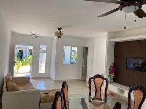 Casa En Alquileren Panama, Brisas Del Golf, Panama, PA RAH: 22-1866