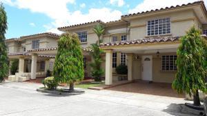 Casa En Ventaen Panama, Condado Del Rey, Panama, PA RAH: 22-1944