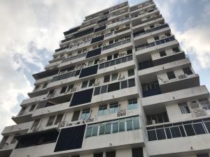 Apartamento En Ventaen Panama, San Francisco, Panama, PA RAH: 22-1975