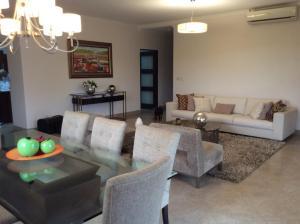 Apartamento En Ventaen Panama, Clayton, Panama, PA RAH: 22-2088