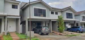 Casa En Ventaen Panama, Paseo Del Norte, Panama, PA RAH: 22-2055