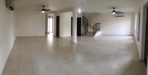 Townhouse En Ventaen Panama, Clayton, Panama, PA RAH: 22-2101
