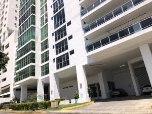 Apartamento En Ventaen Panama, San Francisco, Panama, PA RAH: 22-2117